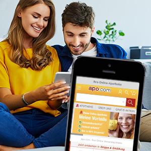 Paar bestellt über die apo.com App